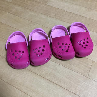 クロックス(crocs)のクロックス 13cm c5 キッズ用サンダル 2足セット(サンダル)