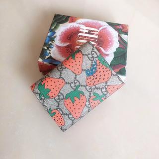Saint Laurent - 超美品苺 折✿り財✿布 グ♫ッチ可愛い