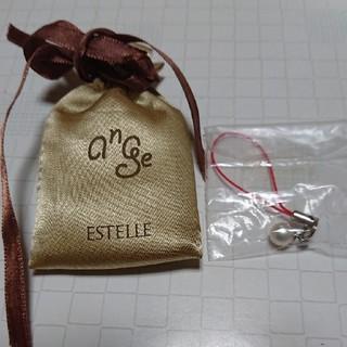 エステルドバルローズ(ESTELLE DE VALROSE)の真珠ストラップ(ネックレス)