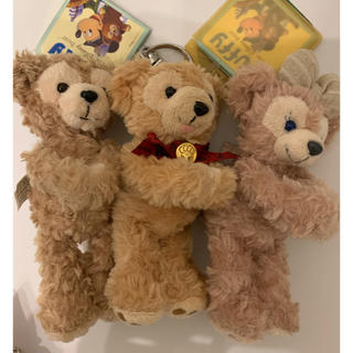 Disney - 稀少 レア マグネット ダッフィー赤リボンとダッフィーとシェリーメイ 3体