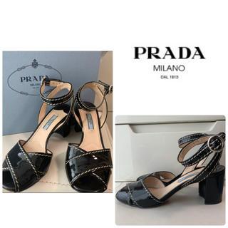 PRADA - プラダ ブラックパテント サンダル