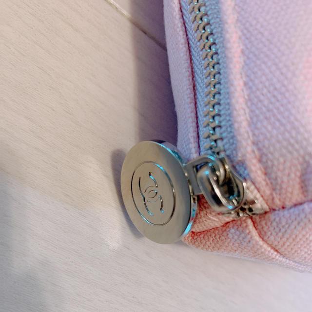 CHANEL(シャネル)の【新品】CHANELピンクポーチノベルティ エンタメ/ホビーのコレクション(ノベルティグッズ)の商品写真