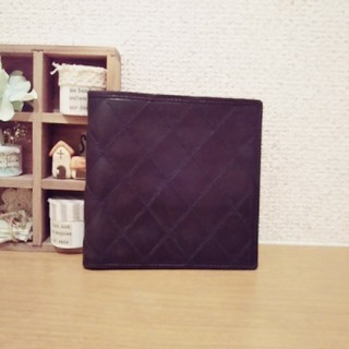 シャネル(CHANEL)の【正規品】CHANEL 折財布 レザー ブラック(折り財布)