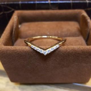 クミキョク(kumikyoku(組曲))のダイヤモンド リング  V 字型  (リング(指輪))