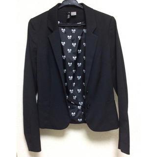 エイチアンドエム(H&M)のH&M エイチアンドエム ショート丈 テーラードジャケット 黒 34(テーラードジャケット)