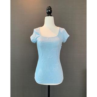 ボタニカル立体テクスチャー ベイビーブルーTシャツ 美形ストレッチフィット(Tシャツ(半袖/袖なし))