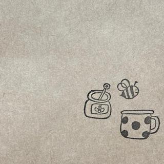 消しゴムはんこ。蜂蜜とカップ(はんこ)