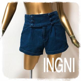 イング(INGNI)のINGNI ♥ ロールアップ フロントボタン ショーパン(ショートパンツ)