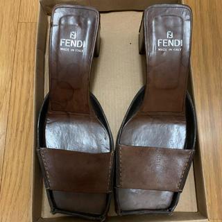 フェンディ(FENDI)の✳︎まあ 様専用✳︎ サンダル ブラウン(サンダル)