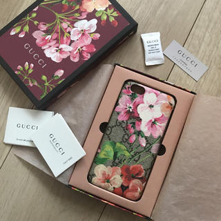 Gucci - GUCCIのiPhoneケース