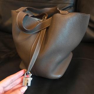 Hermes - エルメス ピコタン mm エトゥープ シルバー ハンドバッグ
