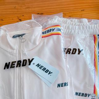 【タグ付き未使用】NERDY トラック上のみ クリーム