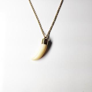 A.P.C - A.P.C 鮫の牙ネックレス ゴールド