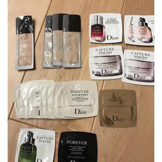 ディオール(Dior)のDior  試供品  リキッドファンデーション  カプチュール (ファンデーション)