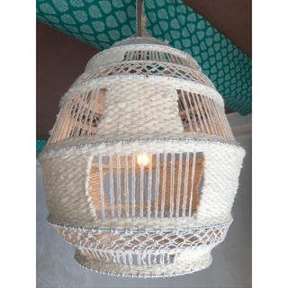 マライカ(MALAIKA)のマライカ 吊るしランプ 白(天井照明)