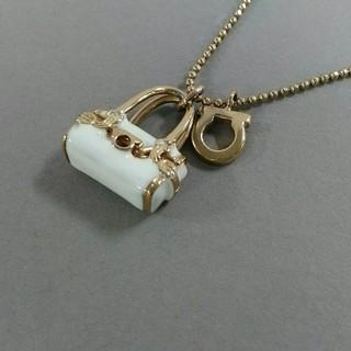 サルヴァトーレフェラガモ(Salvatore Ferragamo)のサルバトーレフェラガモ ネックレス美品 (ネックレス)