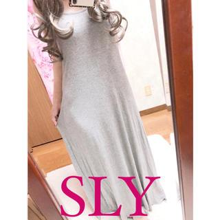 スライ(SLY)の2409.SLY マキシ丈ワンピース グレー タンクトップ型(ロングワンピース/マキシワンピース)