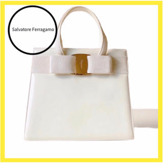 Salvatore Ferragamo - サルヴァトーレ フェラガモ  バッグ  ハンドバッグ レザー 白 ヴァラ リボン
