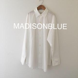 マディソンブルー(MADISONBLUE)の美品 マディソンブルー  白シャツ(シャツ/ブラウス(長袖/七分))