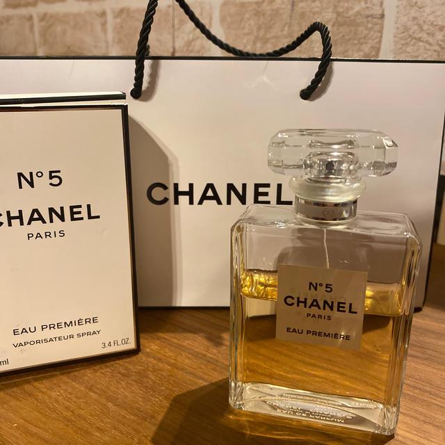 CHANEL(シャネル)のシャネル 香水 N°5 オードゥパルファム 100ml コスメ/美容の香水(香水(女性用))の商品写真