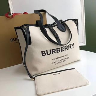 BURBERRYトートバック