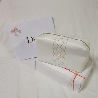 クリスチャンディオール(Christian Dior)の【新品未使用】Dior ワン エッセンシャル ホリディ コフレ ポーチ 白(ポーチ)