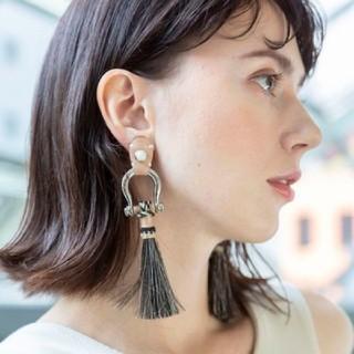 TOGA - 【THE Dallas】horse earring ザダラス ホースイヤリング