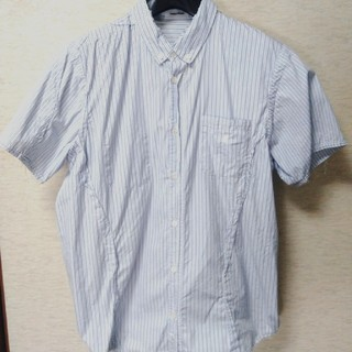 アンダーカバー(UNDERCOVER)のUNDERCOVER アンダーカバー FUCK刺繍再構築タチキリストライプシャツ(シャツ)