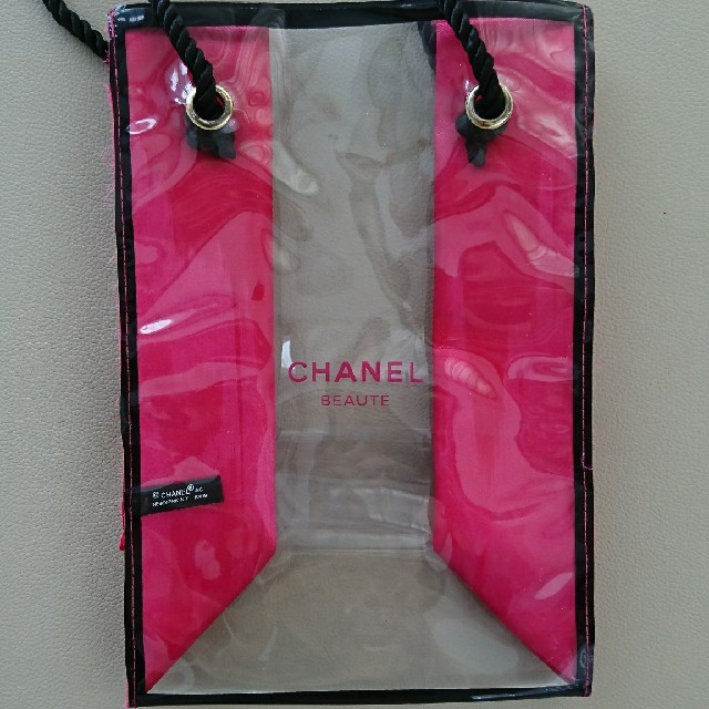 CHANEL(シャネル)のシャネル*クリア*トートバッグ レディースのバッグ(ハンドバッグ)の商品写真