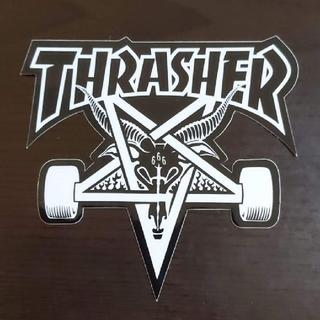 スラッシャー(THRASHER)の(縦9cm横10cm)THRASHER ゴースト ステッカー(スケートボード)