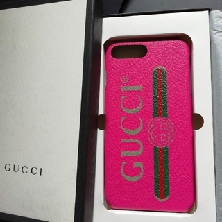Gucci - 正規直営店購入 グッチ iPhone plus ケース 新品、ギフト箱付き
