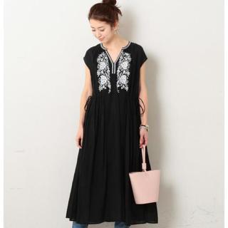 IENA - ヌキテパ エンブロイダリーノースリーブドレス ワンピース 刺繍