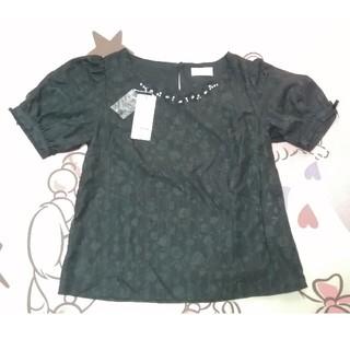 ロディスポット(LODISPOTTO)のロディスポット ブラウス ブラック ビーズ 花柄 リボン(シャツ/ブラウス(半袖/袖なし))