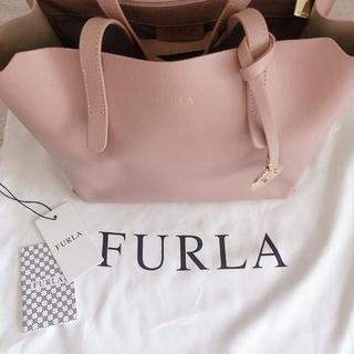 Furla - フルラ サリー