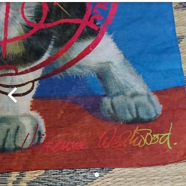 Vivienne Westwood(ヴィヴィアンウエストウッド)の廃盤✨未使用✨洗濯のみ✨Vivienne Westwoodキャットハンカチ大判 レディースのファッション小物(ハンカチ)の商品写真