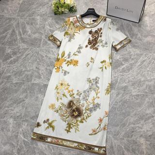 レオナール(LEONARD)の美品 レオナール  LEONARD 美しい花柄 ストレッチ ワンピース(ロングワンピース/マキシワンピース)