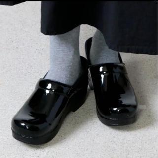 ダンスコ(dansko)のdansko ダンスコ プロフェッショナル パテント 38 黒 ブラック(ローファー/革靴)