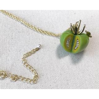 フェリシモ(FELISSIMO)の【お値下げ】フェリシモ しあわせモチーフ ネックレス トマト(ネックレス)