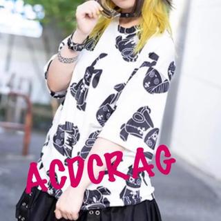 エーシーディーシーラグ(ACDC RAG)のACDC RAG Pバニードール Tシャツ 原宿系 原宿 韓国 黒 青 病み(Tシャツ(半袖/袖なし))