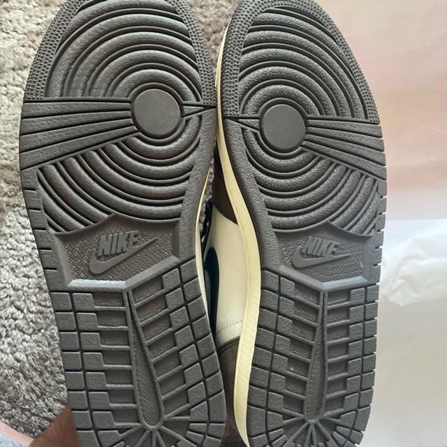 NIKE(ナイキ)のTravis Scott  AJ1 27.5 メンズの靴/シューズ(スニーカー)の商品写真