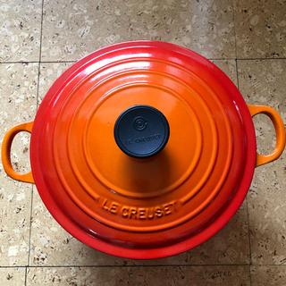 LE CREUSET - ルクルーゼ 24cm 鍋 ココットロンド LE CREUSET オレンジ