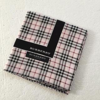 BURBERRY - ⭐️新品⭐️バーバリー ハンカチ