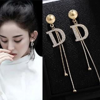 Dior - アルファベットピアス ゴールド