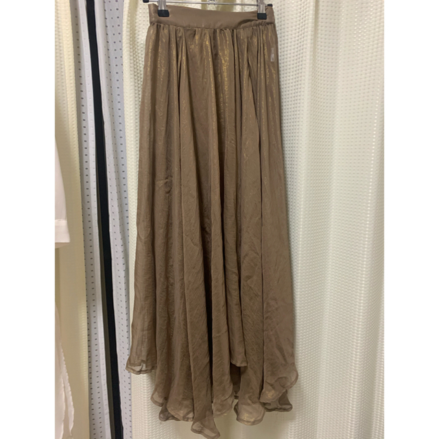 who's who Chico(フーズフーチコ)のフーズフーチコ 箔フレアスカート ブラウン レディースのスカート(ロングスカート)の商品写真