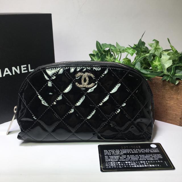 CHANEL(シャネル)の美品✨CHANEL パテント ポーチ レディースのファッション小物(ポーチ)の商品写真