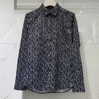 フェンディ(FENDI)の激売れ☆フェンディFENDI  Tシャツ ワイシャツ XL ロゴ柄(シャツ)