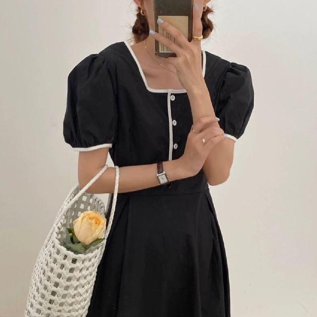 eimy istoire(エイミーイストワール)のBACK RIBBON PUFFY DRESS. レディースのワンピース(ロングワンピース/マキシワンピース)の商品写真