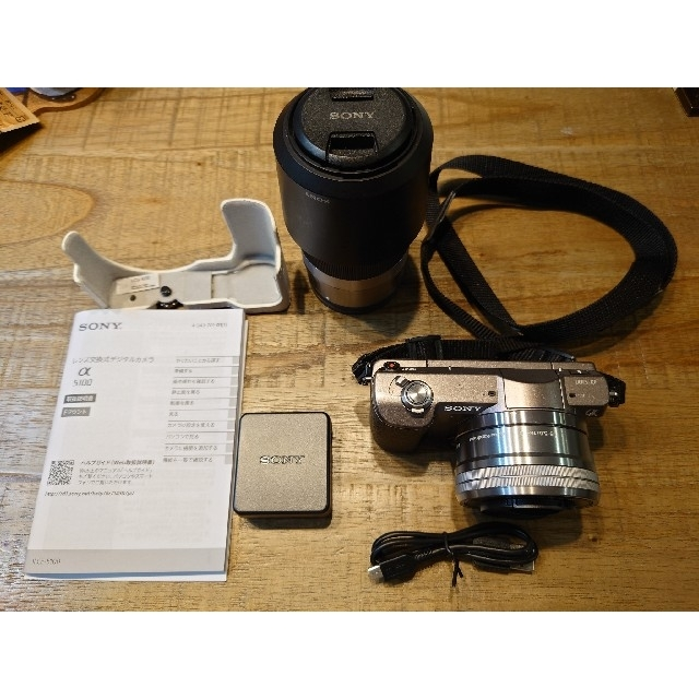 SONY(ソニー)のα5100 ズームレンズ付 スマホ/家電/カメラのカメラ(ミラーレス一眼)の商品写真