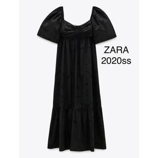 ザラ(ZARA)の新品 ZARA 刺繍入り カットワークワンピース(ロングワンピース/マキシワンピース)