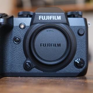 富士フイルム - Fujifilm X-H1 富士フィルム 内蔵手ブレ補正付きミラーレス